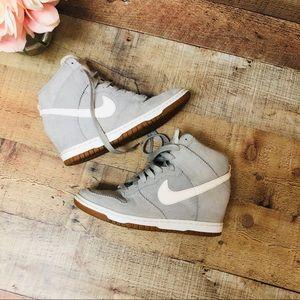 Nike Wedge suede grey sneakers